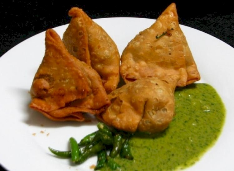 Why samosa costs Rs 150 and dosa comes for Rs 300 at airports
