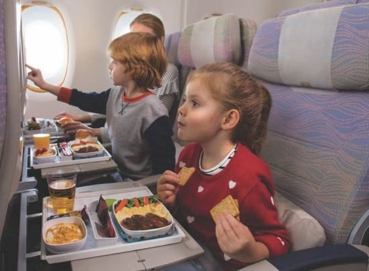 5 global airlines that serve the tastiest, most lip-smacking meals