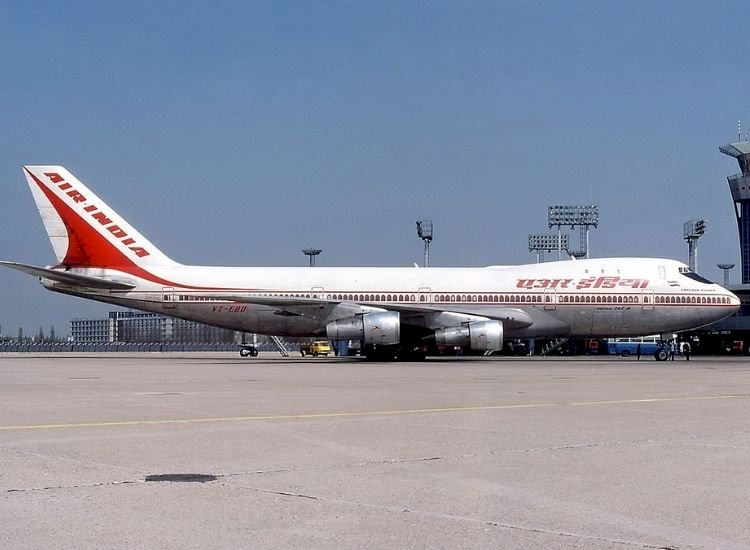 Maharaja and his Queen: Air India and Boeing 747's match made in heaven