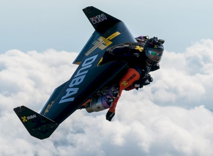 Jetpacks may soon fly you to office, take rescuers to disaster-hit places in no time